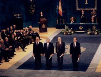 Los cuatro padres de Internet logran el Premio Príncipe de Asturias
