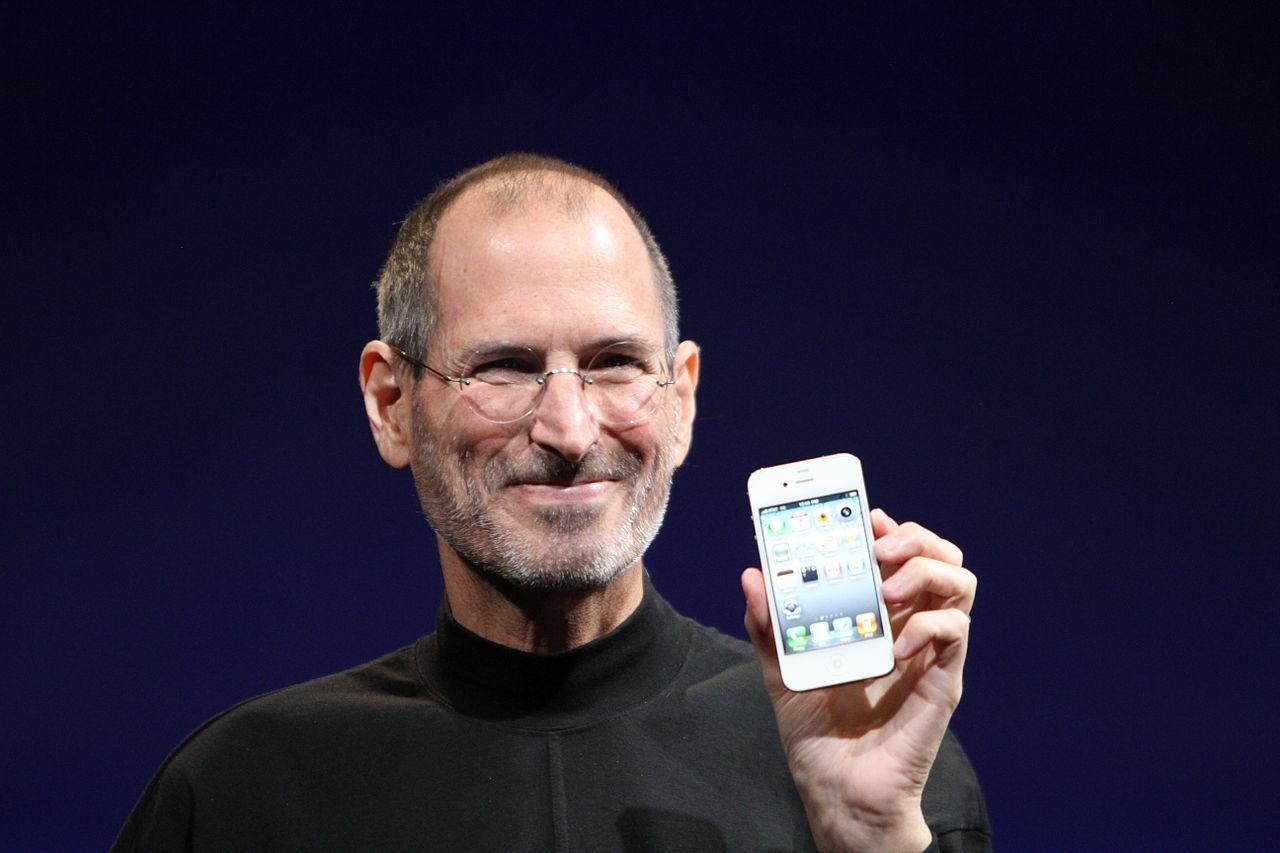 """Wozniak: """"Steve Jobs no fue expulsado de la compañía. Se fue"""""""