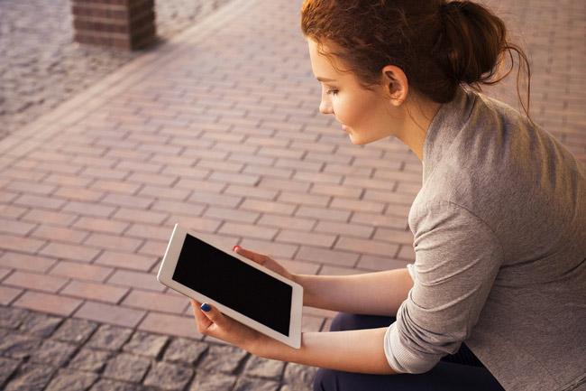 lectura digital en tablet