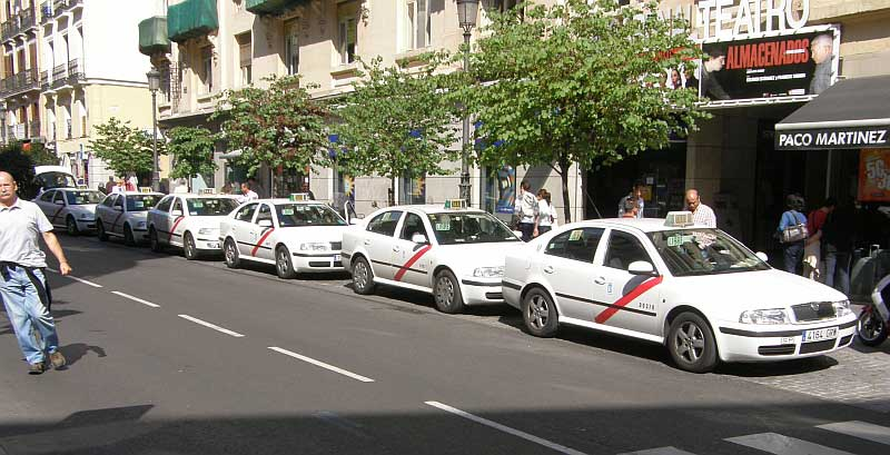 Los taxis de Madrid ya cuentan con wifi gratis.