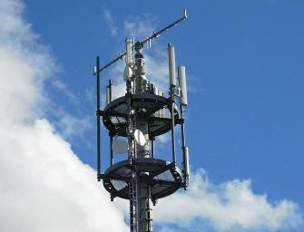 Las teleco frenan, por los pelos, su caída en 2015