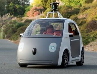 Google prueba un sistema de carga inalámbrica para sus vehículos