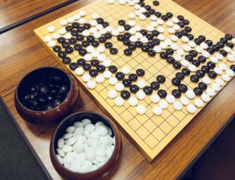 AlphaGo obtiene una aplastante victoria contra Lee Sedol