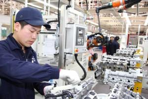 robots de sus líneas de producción