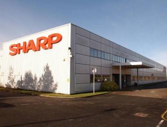 Foxconn cierra la compra de Sharp, pendiente de una deuda oculta