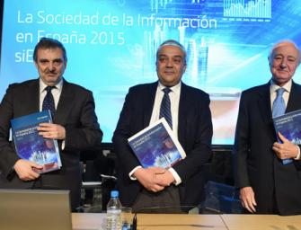 El reconocimiento de Calvo-Sotelo a Alierta y el silencio de Telefónica