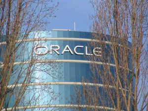 Amazon y Salesforce contemplan dejar de utilizar la base de datos de Oracle