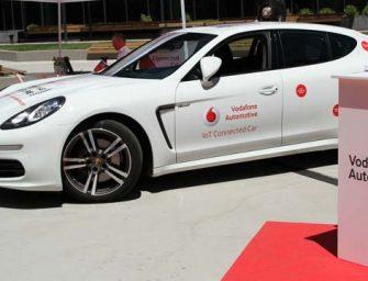 Vodafone lanza una línea de servicios para coches conectados