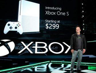 Microsoft sale del E3 con dos consolas bajo el brazo y una completa lista de juegos