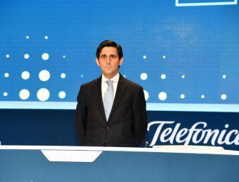 Telefónica declara la guerra a 'las' WhatsApp, Facebook y Google