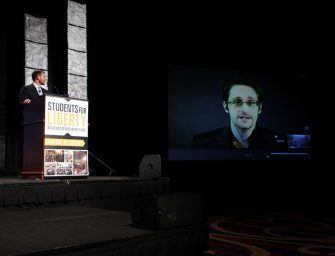 Edward Snowden recomienda no usar Google Allo