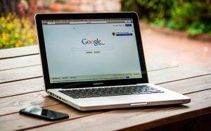 Cómo descargar una copia de todo lo que Google sabe sobre ti
