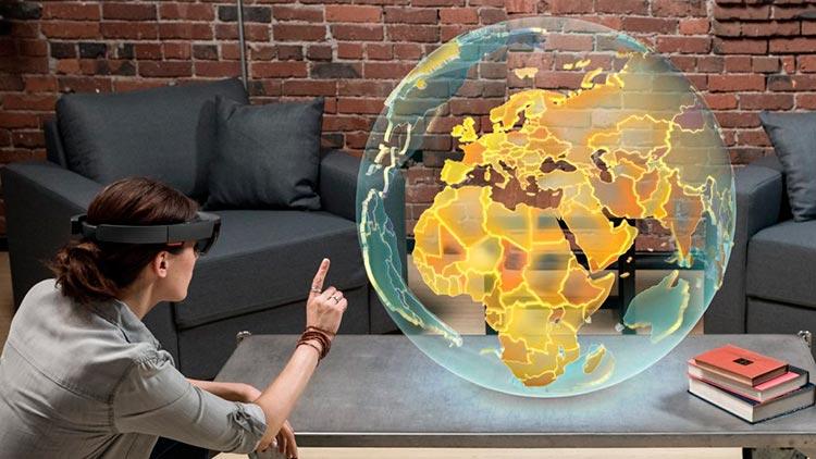 Japón se adentra en el viaje holográfico de Microsoft Hololens